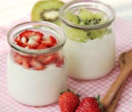 双歧杆菌酸奶水果杯