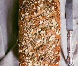 做面包的十个过程,让你更深刻了解面包制作。