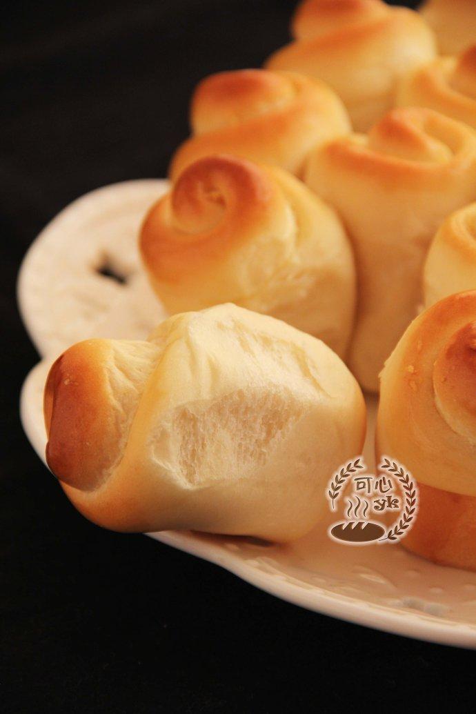 椰蓉金錢卷面包花