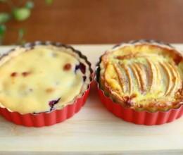 蓝莓奶酪和苹果奶香派