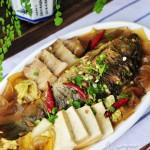 得莫利炖鱼--东北特色菜