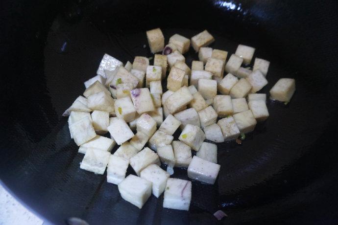 香芋蒸排骨--经典粤式茶楼美食