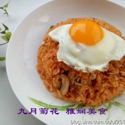 泡菜口蘑炒饭