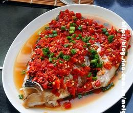 剁椒鱼头——湘菜