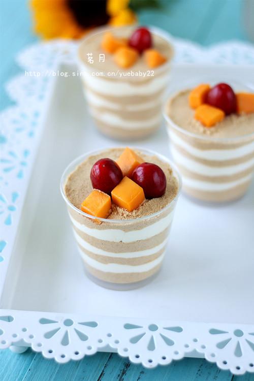 水果奥利奥酸奶杯