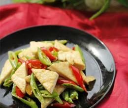 独具一番风味的素炒菜--双椒炒臭豆腐