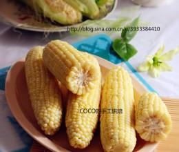 加两样材料让水煮玉米更好吃