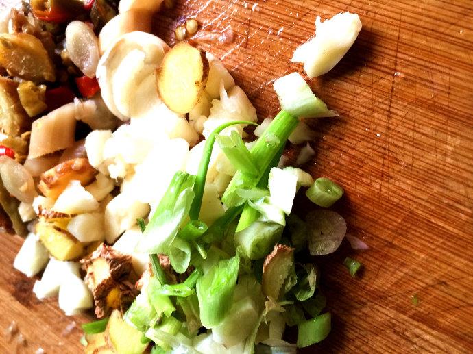 盐帮菜-鲜锅兔