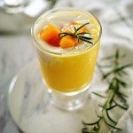 芒果酸奶冰饮---夏日最爱的冰凉舒爽