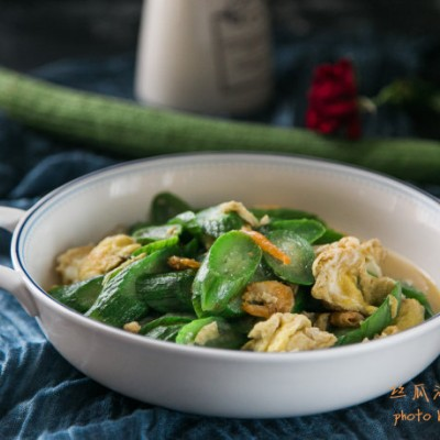 丝瓜怎么做好吃--丝瓜海米炒鸡蛋
