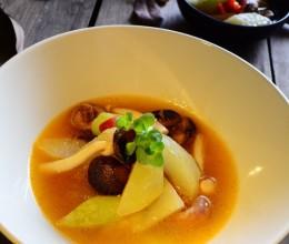 金汤焖汁冬瓜