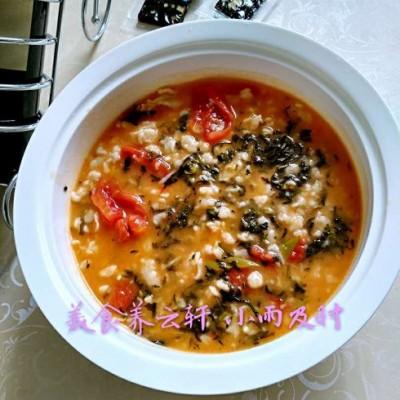 安心养脾胃食谱-茼蒿西红柿疙瘩汤