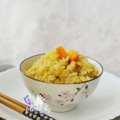 【咖喱鸡肉焖饭】营养综合,做法快速的焖饭,无法拒绝