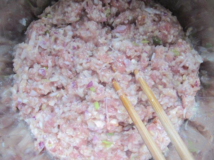 鲜肉洋葱生煎包
