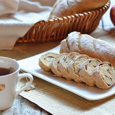 特别适合女士秋补的红糖大枣软欧面包2