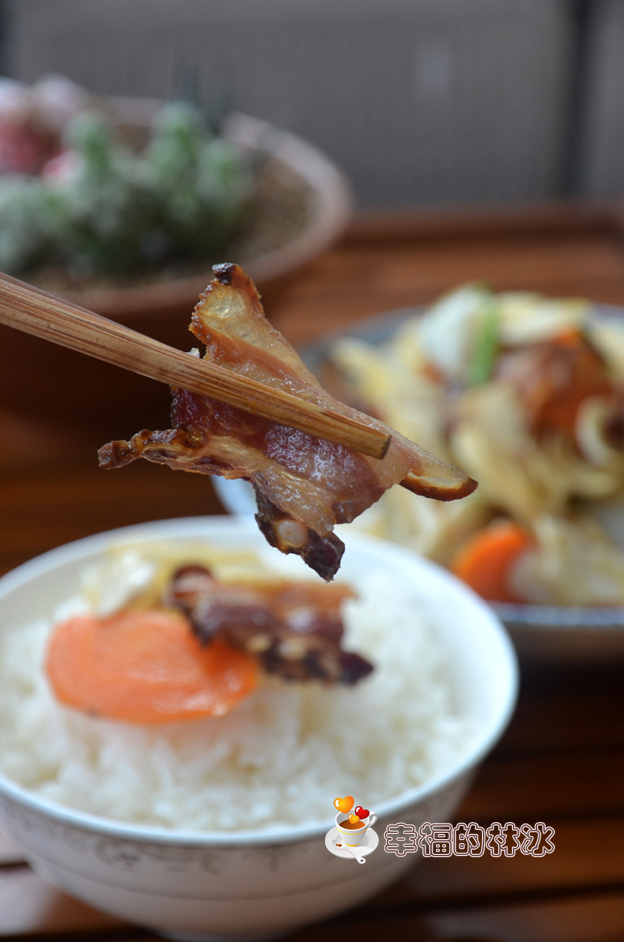 秋季多吃养生菜-腊味炒百合