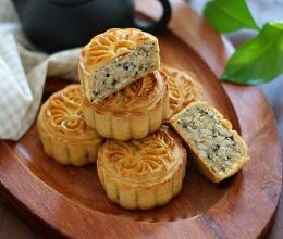 五仁月饼:传统经典口味