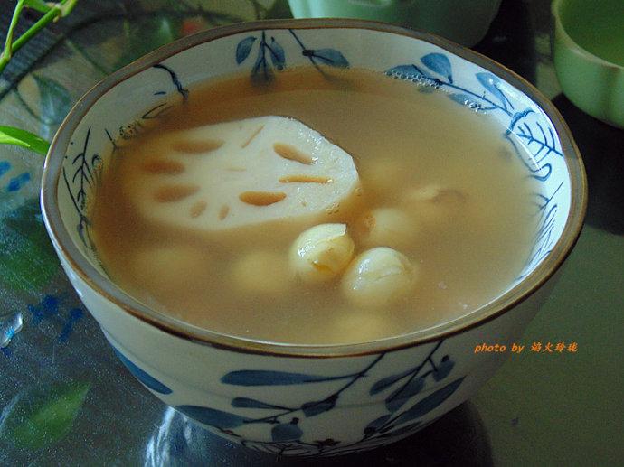 入秋必饮清润祛湿汤水-三莲汤