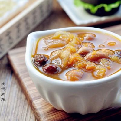 #趣味美食家#暖身养颜的葡萄干南瓜银耳羹