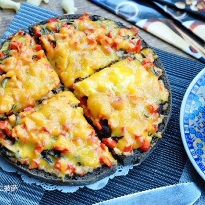 奶油奶酪虾仁披萨