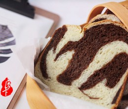 可可双色面包