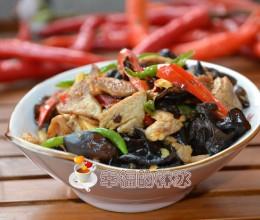 家常小菜的做法-木耳烩肉片