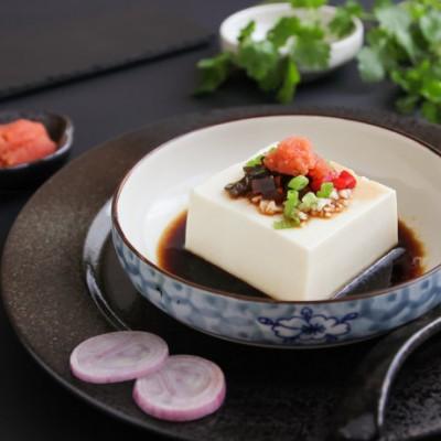 魚子醬皮蛋豆腐