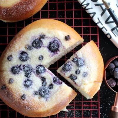 爆浆蓝莓奶酪面包