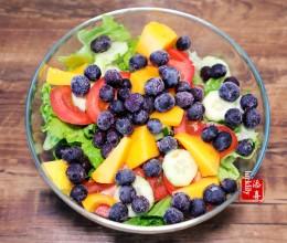 冻蓝莓沙拉