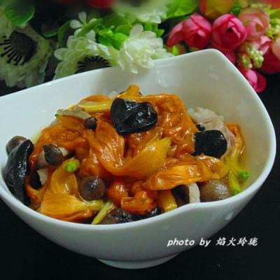 鲜黄花菜炒猪颈肉