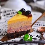渐变色蓝莓奶酪蛋糕