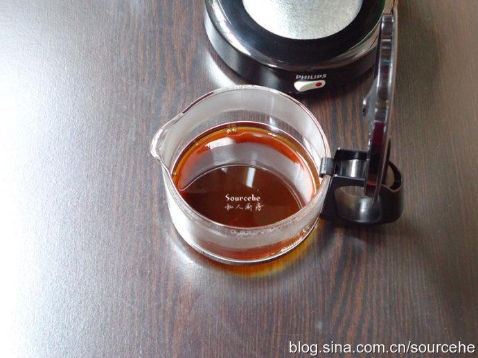 冬天热饮,暖暖的棉花糖热咖啡