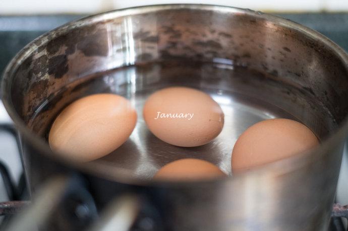 红烧肉卤蛋