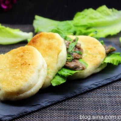 老北京的烧饼夹烤肉
