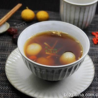 冬日暖胃茶-枸杞桂圓紅糖茶