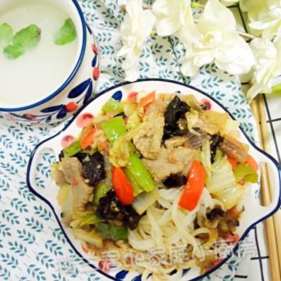 新疆风味过油肉拌面