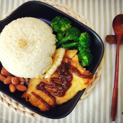 黑椒鱼排饭