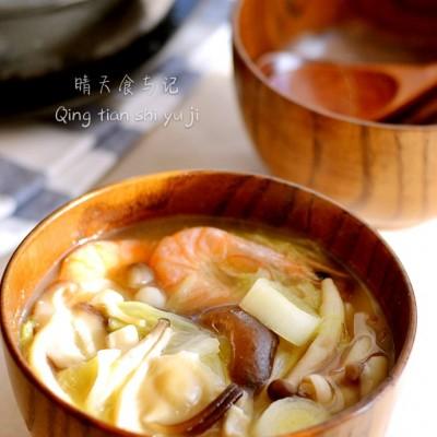 赤味噌白菜菌菇汤