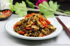 肥肉炒酸菜