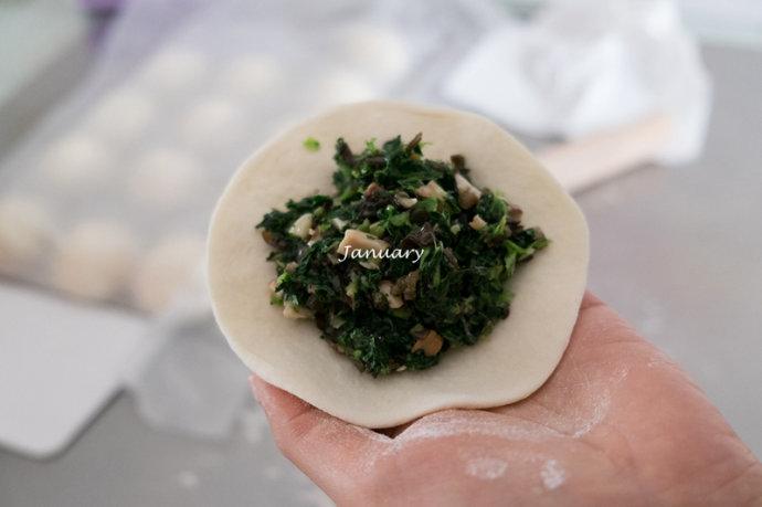 香菇菜包子