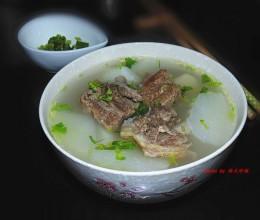 牛排骨萝卜汤