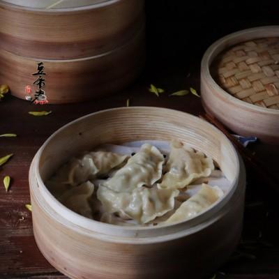 香菇馅肉蒸饺