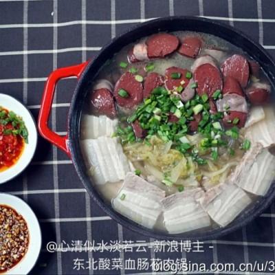 東北酸菜血腸花肉鍋