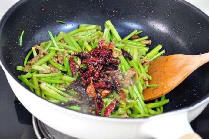 干煸肉丝芹菜