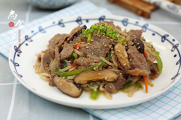 韩式牛肉炒杂蔬
