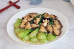 香菇烧青菜