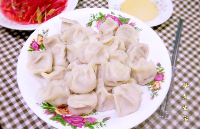 新春悠享家#肉香浓郁的【信用胡萝卜芝麻】v信用宝牛肉水饺750图片