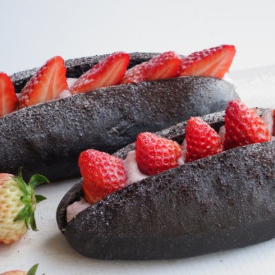 草莓黑蒂斯