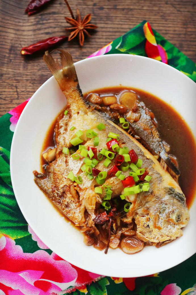 春节菜谱-红烧鲳鱼
