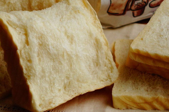经典白吐司-庞多米